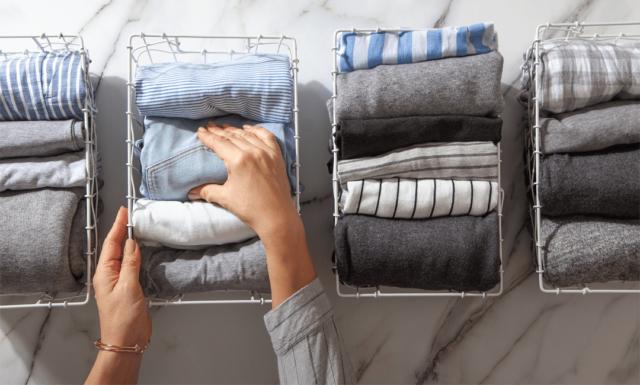Teilen Sie ihren Kleiderschrank in zwei Hälften auf